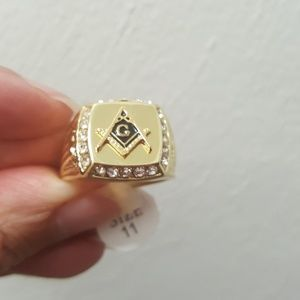 Gold Rhinestone Masonic Ring